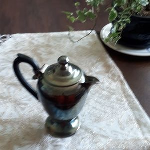 Vintage 'silver' teapot by William Rogers (1046-3)